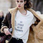 Dior-we-should-all-be-feminist-chimamanda-ngozi-adichie-shirt-Maria-Grazia-Chiuri